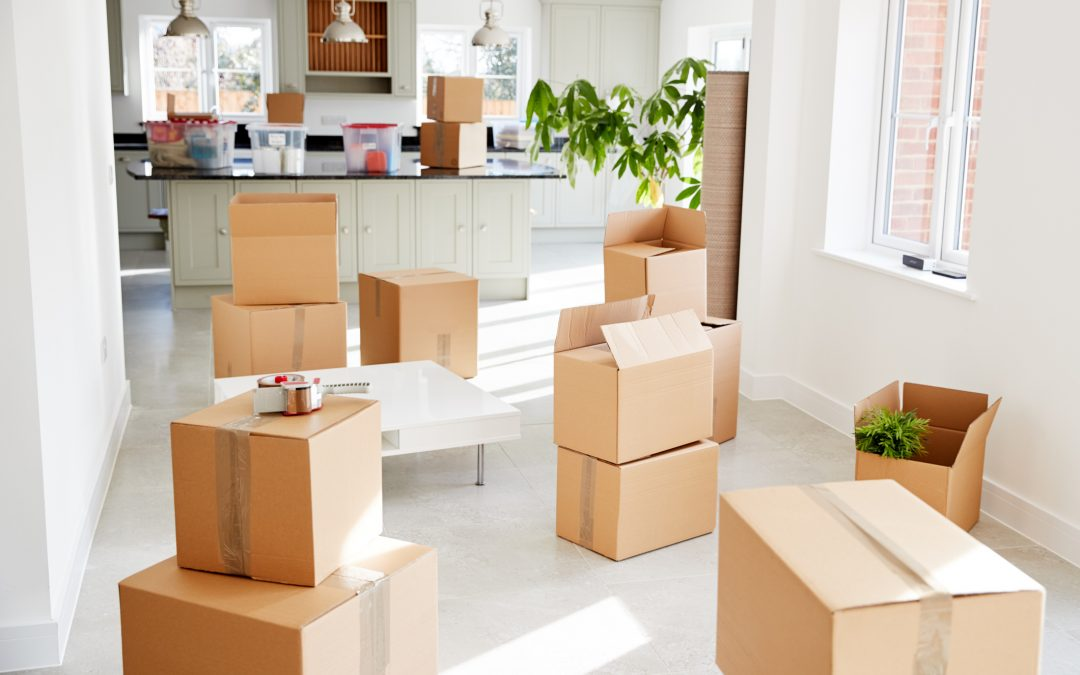 6 TIPS TO HELP YOU DOWNSIZE BEFORE MOVING
